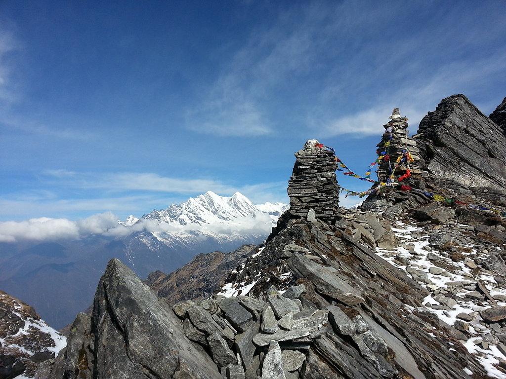 Ascending to the Zetra La