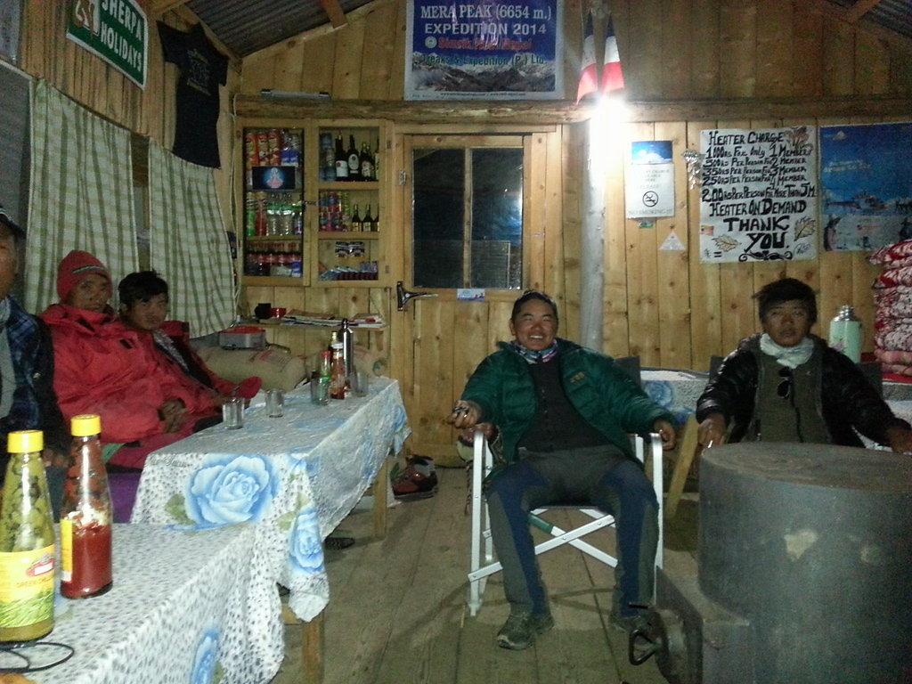 Khare Base Camp (4900m)