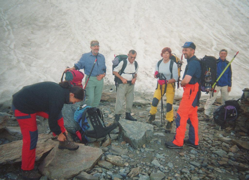 Pause f. Steigeisen und Klettergurt